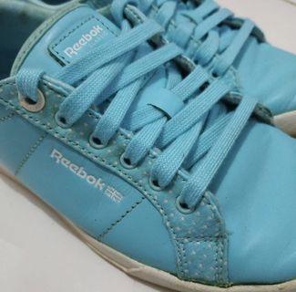 Rebook Original blue shoes