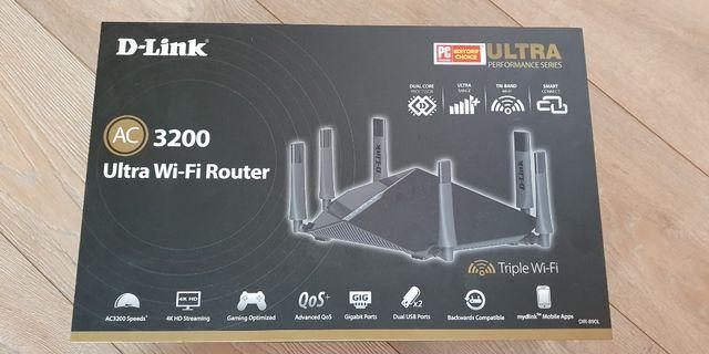 D link AC 3200 Ultra WiFi Router