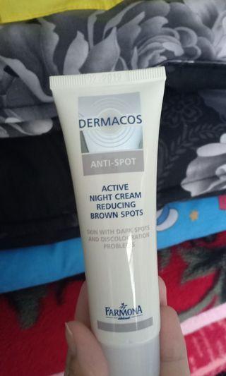 Dermacos anti spot , menghilangkan noda hitam di wajah
