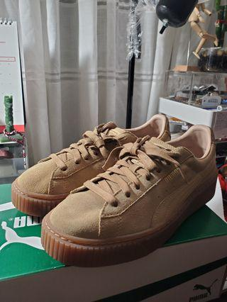 PUMA BROWN SUEDE SNEAKERS (Size 7 womens)
