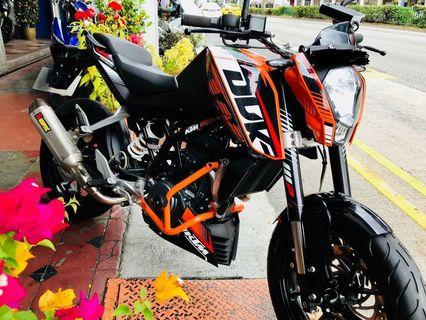 Duke 200( 12/2015 ) 13k kms, akrapovic full system)