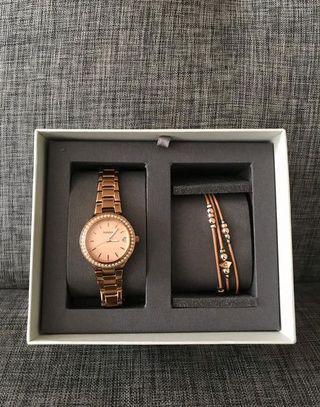Fossil watch w bracelet