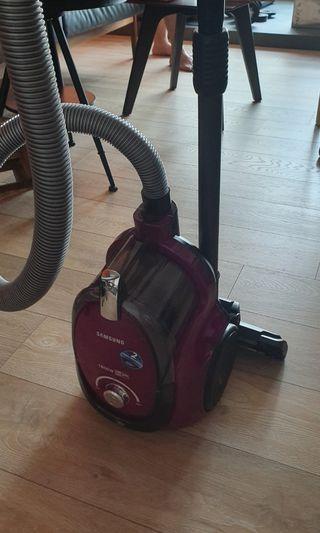 🚚 Samsung Vacuum Cleaner