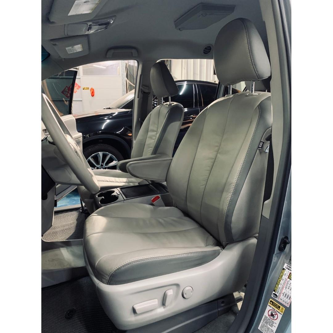 正2014年出廠正七人座最新款Toyota Sienna3.5 V6自然進氣引擎