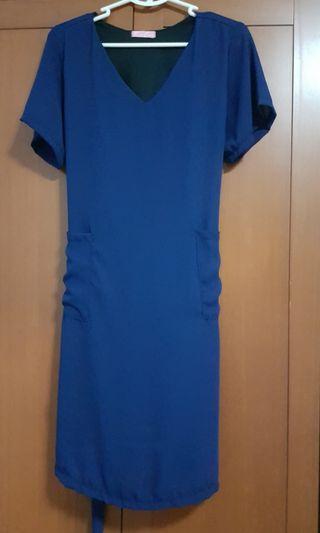 Brand New set of Pocket dress with ribbon - Brand New
