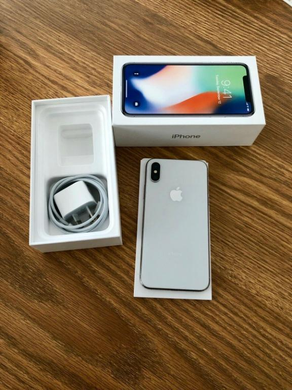 Apple iPhone X - 256GB - Silver (Unlocked) A1865 (CDMA + GSM)