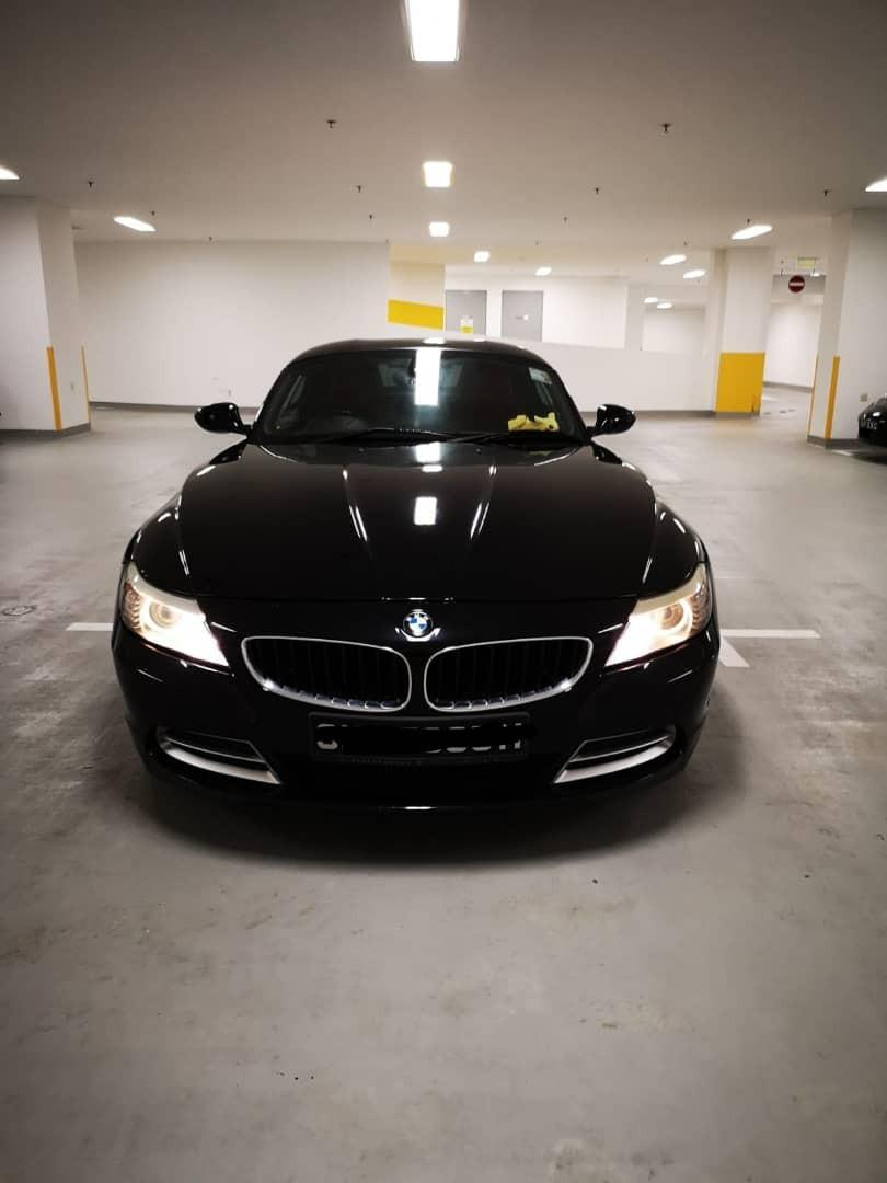 BMW Z4 2.5 Auto New shape Big caliper Selling at RM26,000