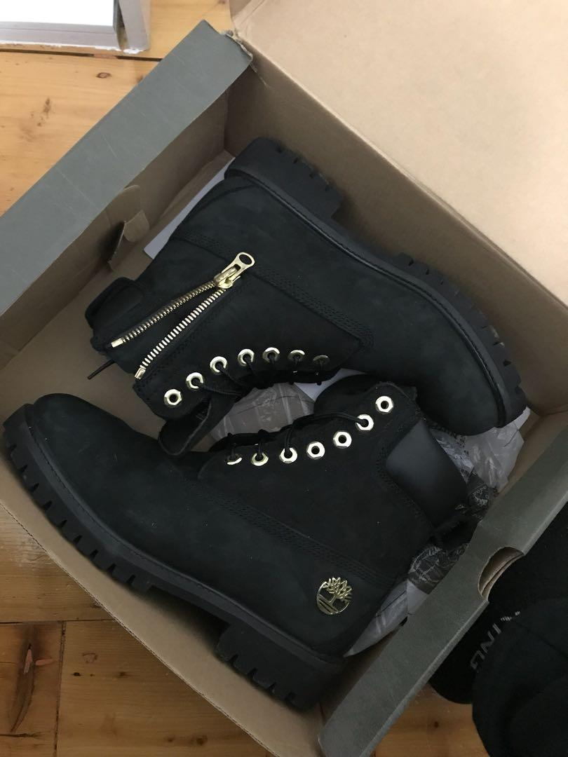 Culture kings x Timberland special edition FITS SIZE 8