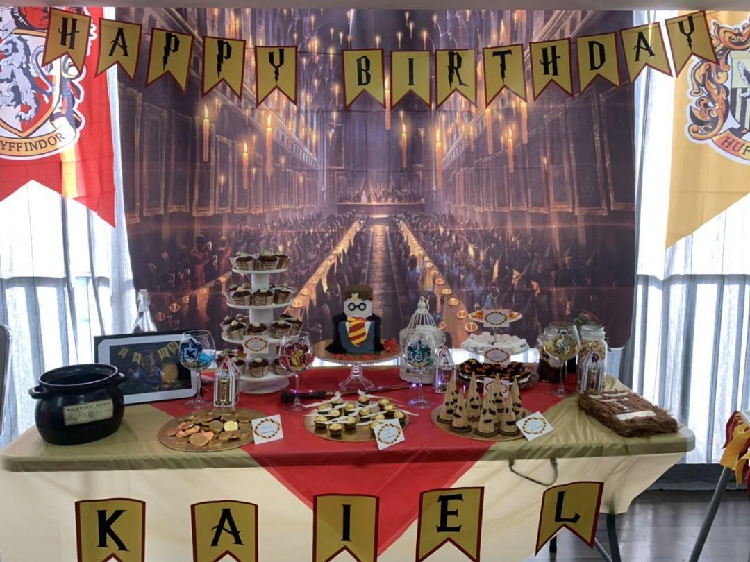 Harry Potter themed Dessert Table