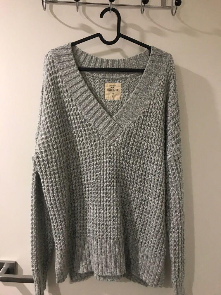 Hollister Cable Knit oversized V neck Off shoulder sweater