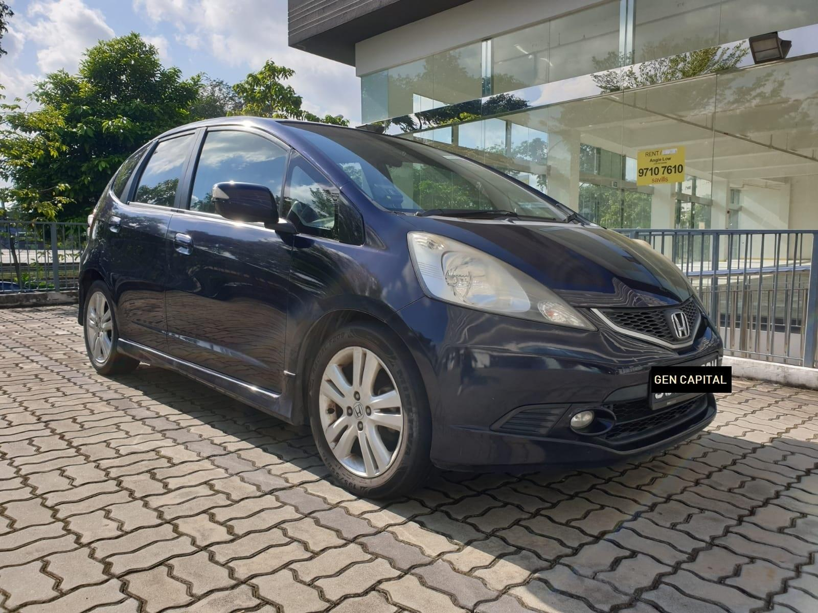 Honda Jazz 1.5A - Lowest rental rates, good condition!