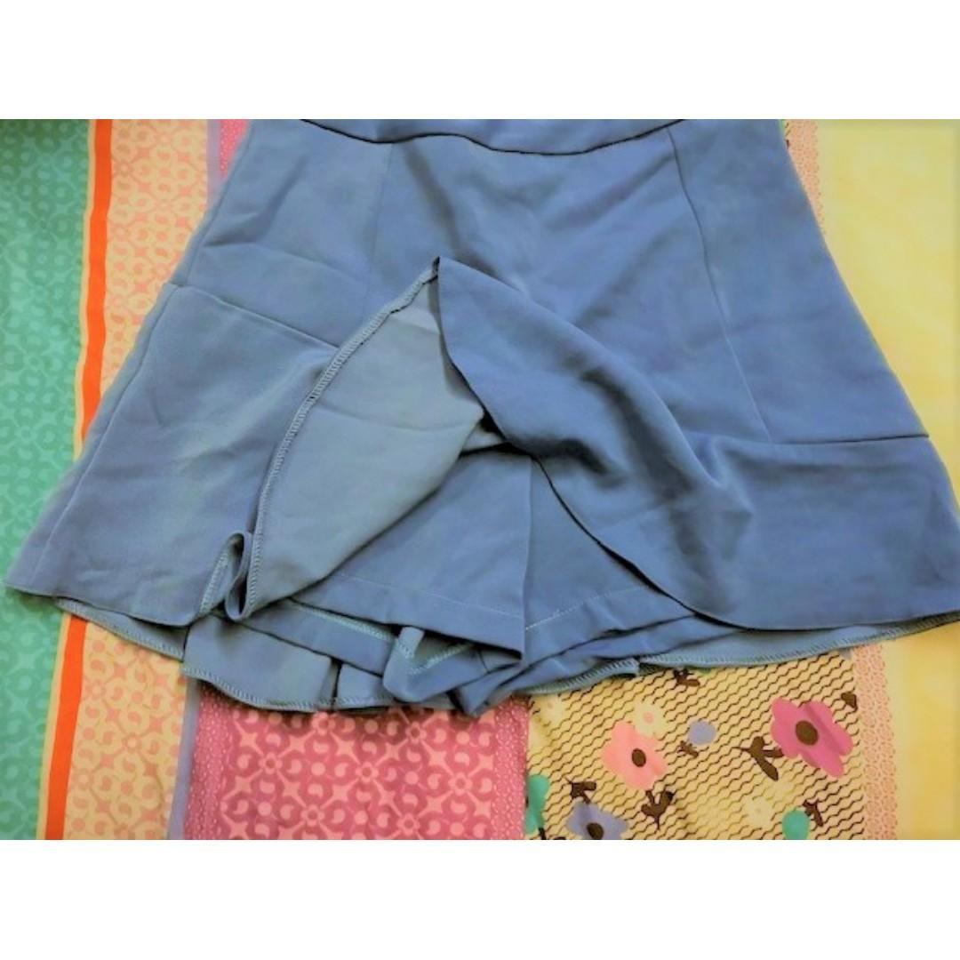 (Preloved) Ladies Skirt, Woman, OL, Skort, Pants, Shorts, Dress, Office, Mini Skirt Size L , Non-stretchy, Blue Free NM