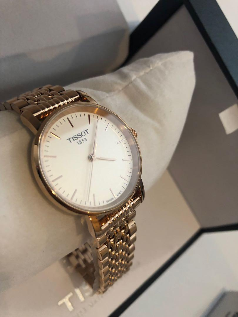 TISSOT CLASSIC woman Rose Gold - large face