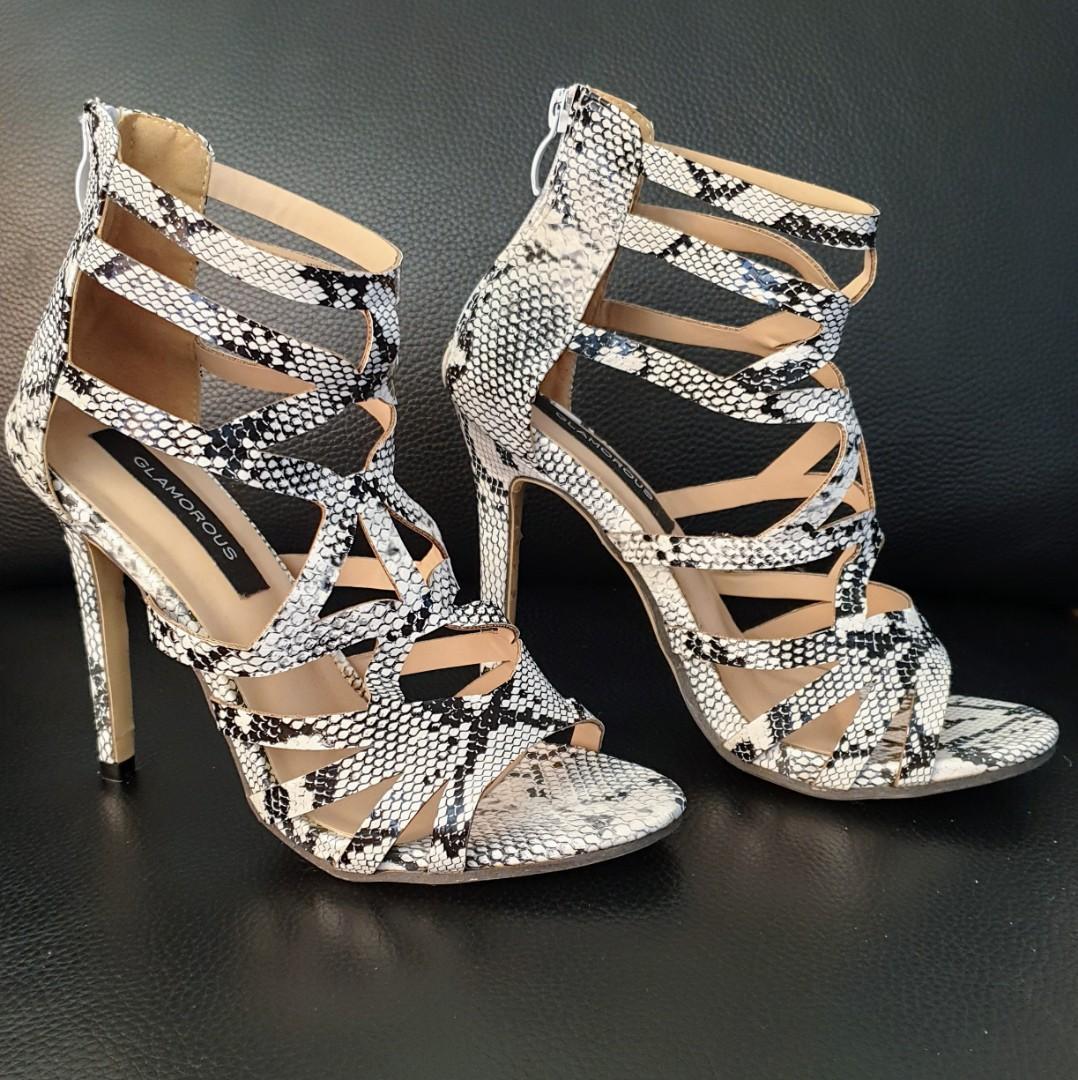 Women's size 38 = 7 'GLAMOROUS' Stunning b & w snake print strappy heels - BNWOT