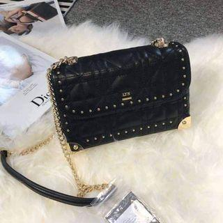 SLING BAG LYN  Jual Tas Branded Original