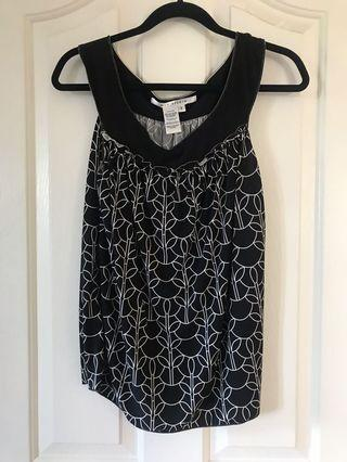 Sleeveless black blouse max studio