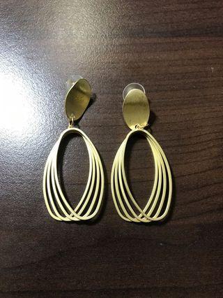 (可購買or買其他商品私訊贈送)歐美金屬感耳環