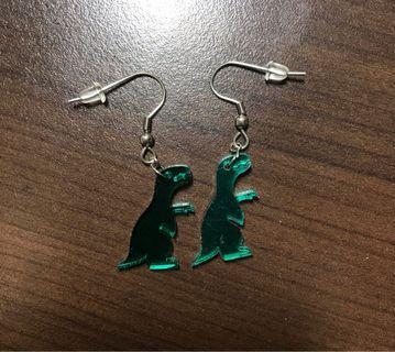 (可購買or買其他商品私訊贈送)壓克力綠恐龍耳環🦕