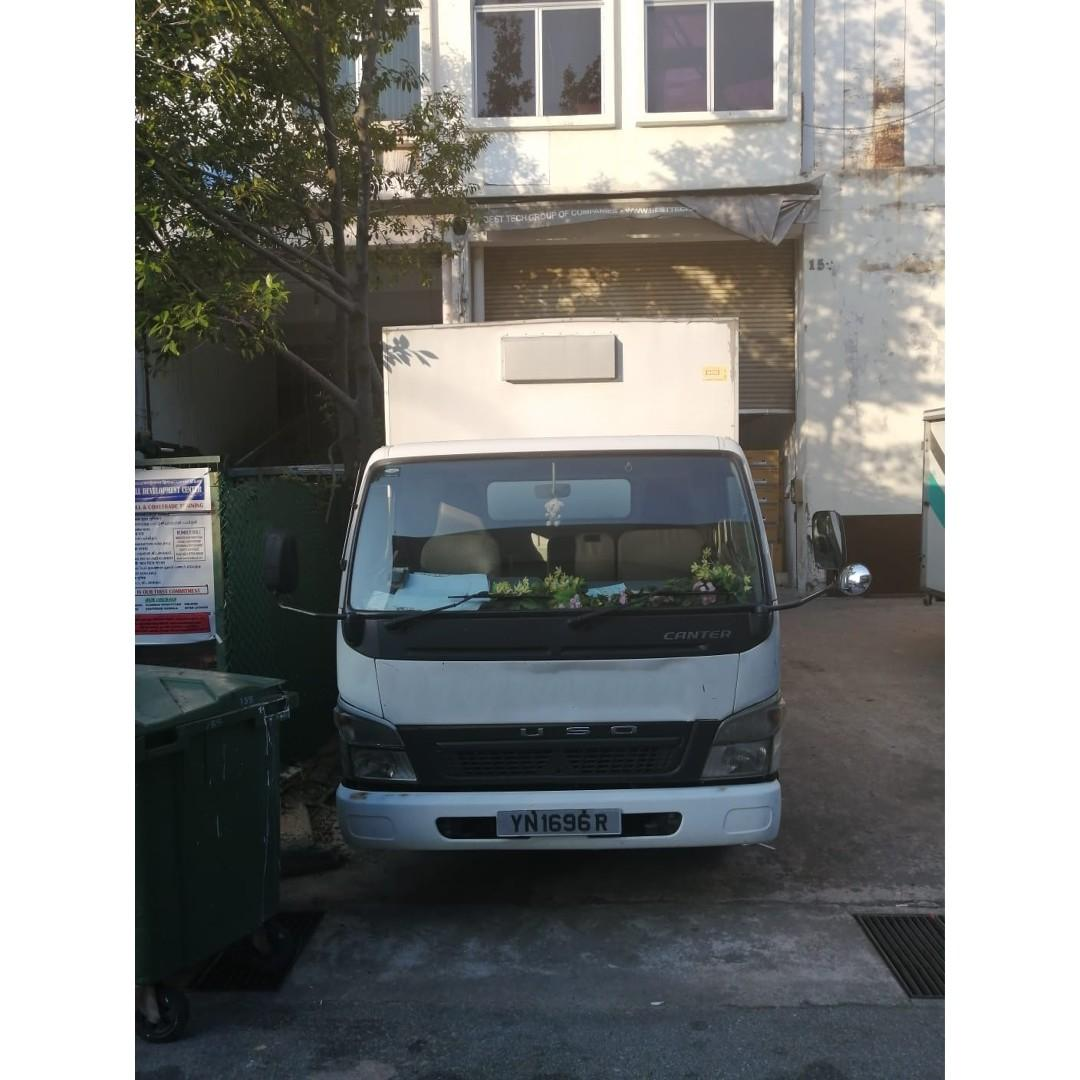 14 ft lorry with box for rent! $90/day $2000/month