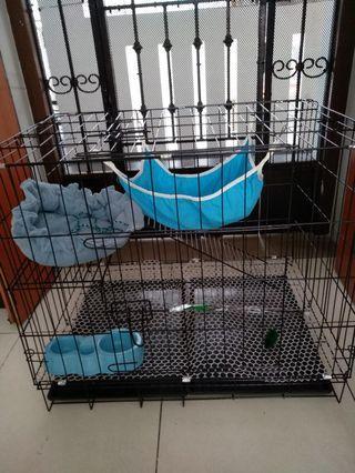 Cat 2 tier lever cage