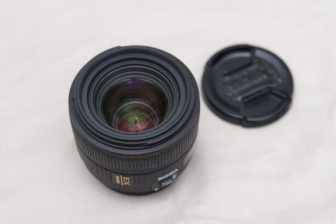 Sigma 30mm f/1.4 EX DC HSM Lens for Canon EF