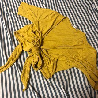 全新短版黃色交叉綁帶繞腰上衣