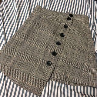 全新格紋不對稱排扣短裙