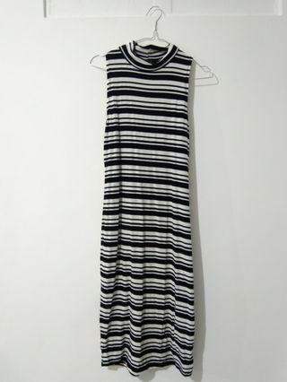 Dress Round Neck