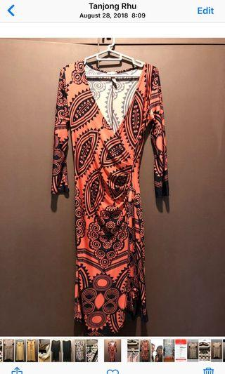 🚚 Touch 9 dress from USA