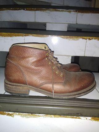 Sepatu boots bekas goodyear welt prelove