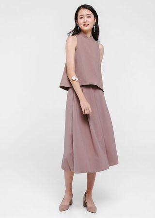 Pautryne Pleated Midi Skirt in Pink