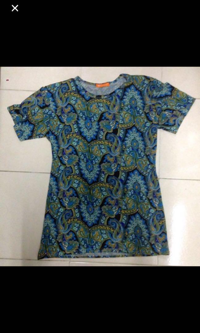 Batik motif top blouse *010