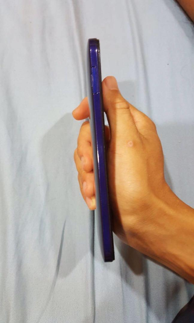 HTC 蝴蝶2(螢幕觸控有些問題,隨便賣)