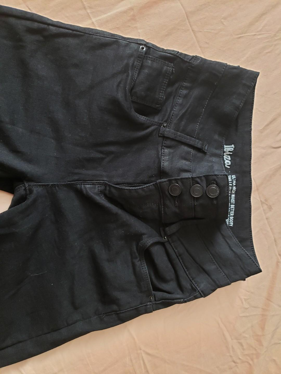 3 tier ultra high waist better booty black jeans size 3 (new without tags)