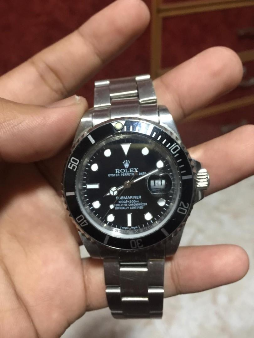 Selling ROLEX watch pm me if interested cheapp!!