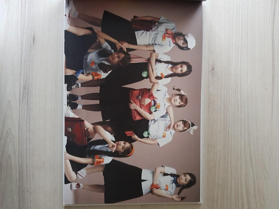 T-ARA Repackage ROLY POLY in Copacabana Mini Album