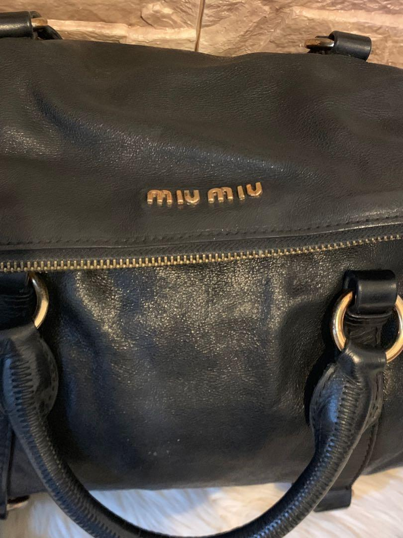 Tas MiuMiu authentic full leather size 32 cm ada tali panjang keren