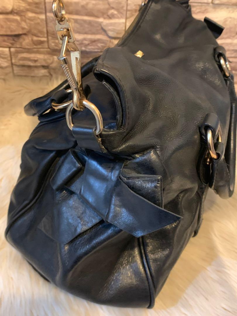 Tas MiuMiu authentic full leather size 32 cm ada tali panjang keren