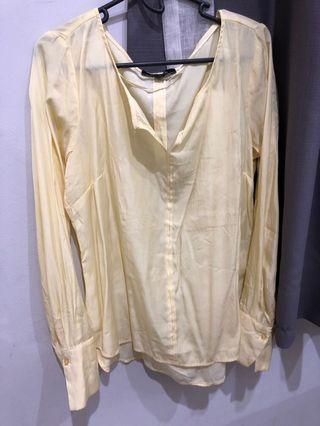 Blouse soft yellow