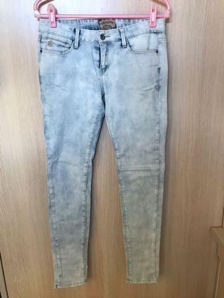 WHO A.U.天藍色牛仔褲