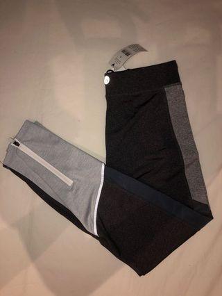 🚚 BNWT Cotton On reflective leggings