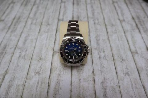 "DISCONTINUED Sea-Dweller Deepsea D-Blue ""JAMES CAMERON"" 116660"