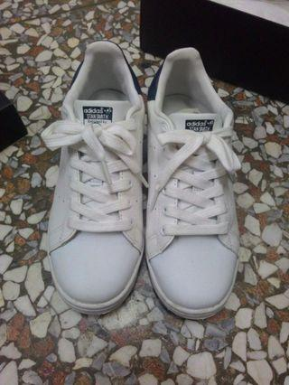 Adidas Genuine Leather 愛迪達鞋子