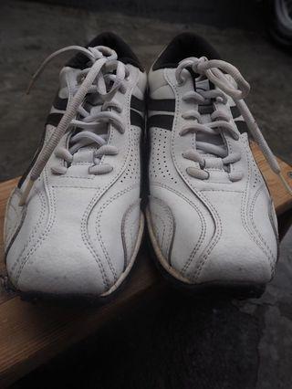 阿爸的球鞋