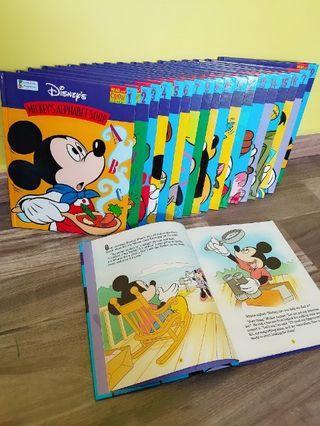🚚 Disney read-along books for kids