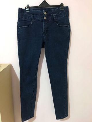 深藍高腰雙扣牛仔褲