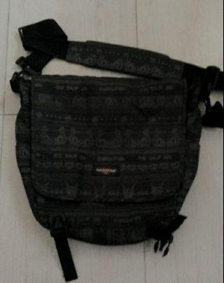 Sling Bag eastpak navajo