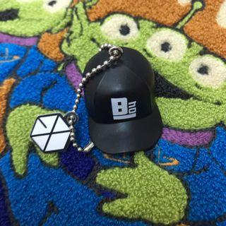 EXO OFFICIALS KEYCHAIN