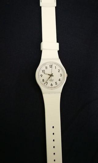 SWATCH Ladies watch - Model GW151O - White colour