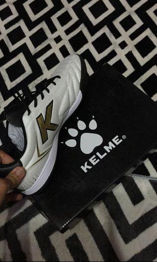 Kelme k-fighting